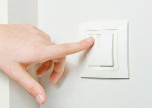spar strøm med å slukke lyset