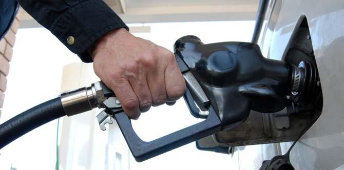 disse dagene lønner det seg å fylle drivstoff