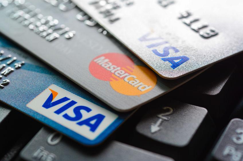 Hva koster det å ha et kredittkort