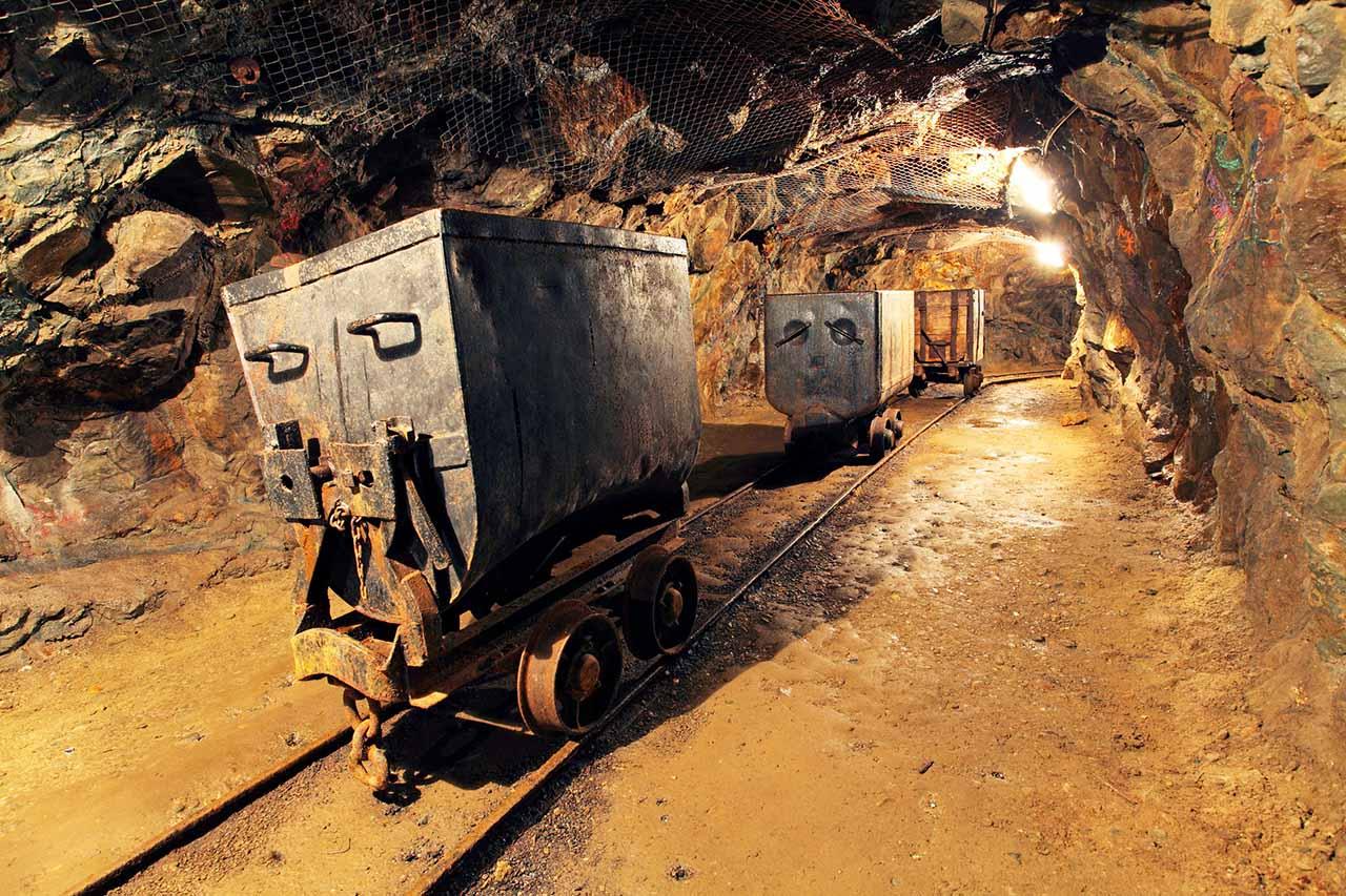 investere i selskaper som utvinner gull