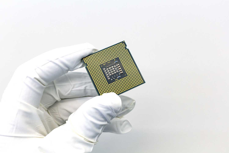gull i elektronikk